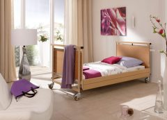 Allura Bariatric Nursing Bed